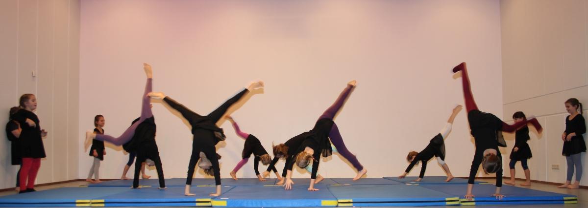 Turnen und Akrobatik