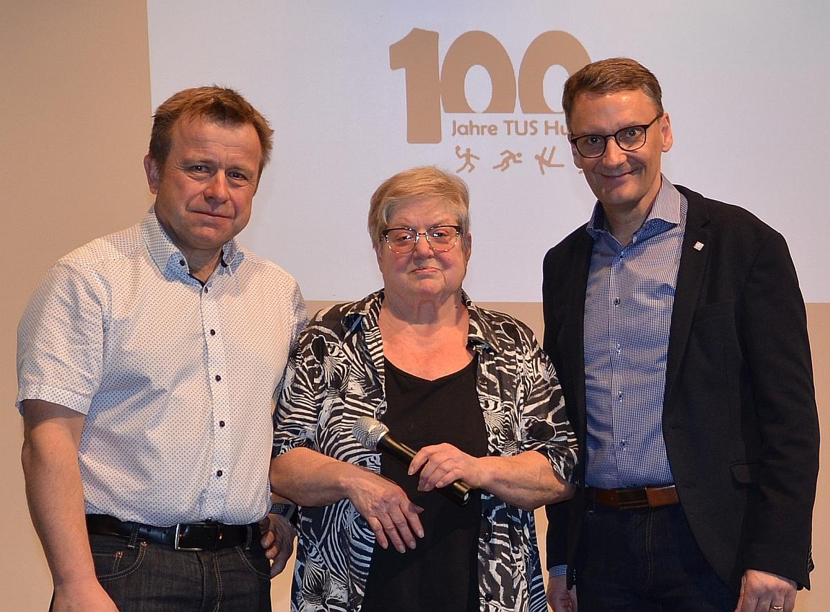 Oberbürgermeister Ibert mit dem Vorstand